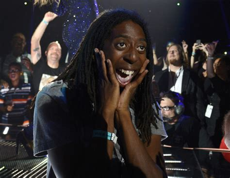 Beyonce Concert Meme - this ecstatic beyonce fan is all of us