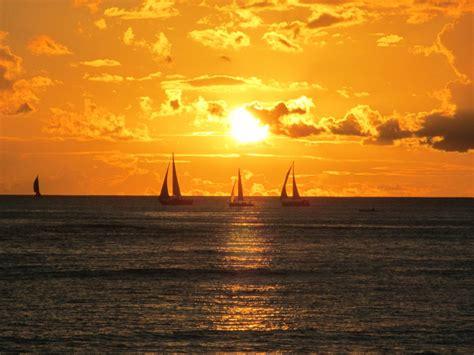 sailboats oahu scenic waikiki hawaii deano in america