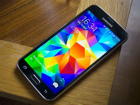 samsung galaxy s5 mobile verizon and at t samsung galaxy s5 to be available from