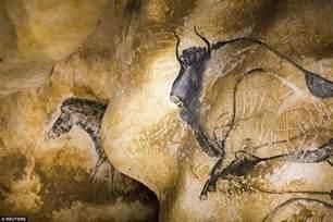 Painting On Faux Leather - the fine cave paintings of chauvet pont d arc cave amusing planet