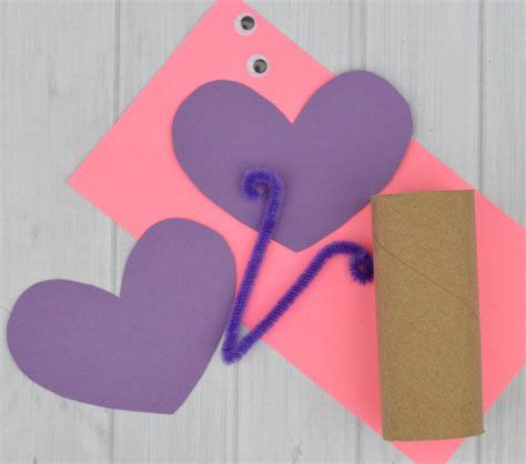 Construction Paper Butterfly Craft - toilet paper roll butterfly craft the resourceful