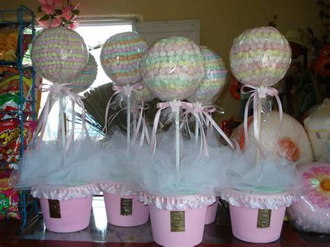 ideas de manualidades y centros de mesa con gomitas dulces cositasconmesh manualidades para realizar centros de mesa para bautizo