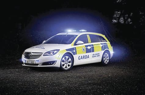 opel garda opel insignia sports tourers for irish police gm authority