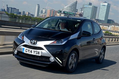 toyota automobile company new toyota aygo 2014 review pictures auto express