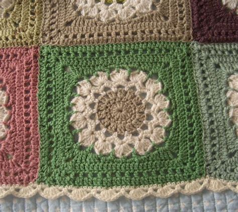 flower pattern edge beautifully done blanket with scalloped edging flower