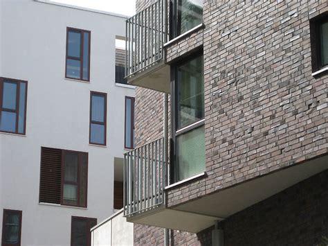 Cantilever Balcony by Mevius M 246 Rker Architekten Hamburg Kaiserkai 4 8