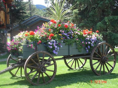 Pictures Of Wedding Wagons For Flower by 17 Best Images About Flower Wagons On Gardens