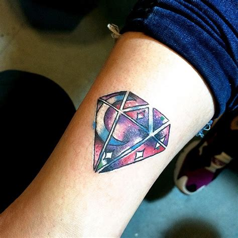 diamond tattoo meaning 55 luxury designs and meaning treasure