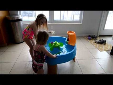 step2 duck pond water table kohls step2 duck pond water table review youtube