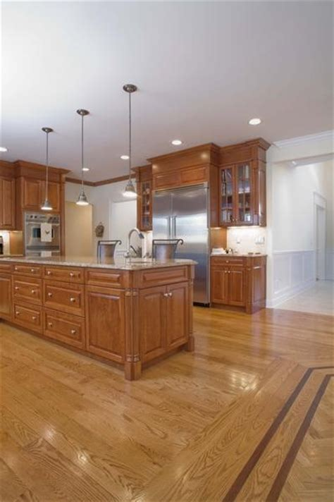 hardware for golden oak cabinets 30 best images about kitchen countertops backsplashes on