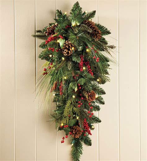 holiday decoration ideas handmade christmas wreaths