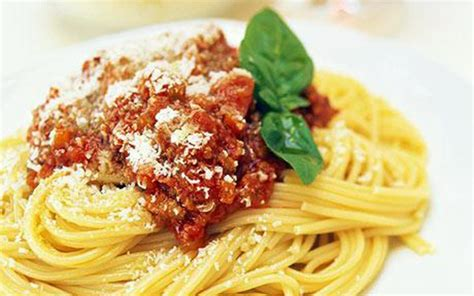 best pasta for bolognese sauce the best italian sauce spaghetti bolognese zox kitchen