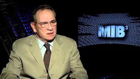 tommy lee jones fallon interview awkward tommy lee jones interview for men in black 3 youtube