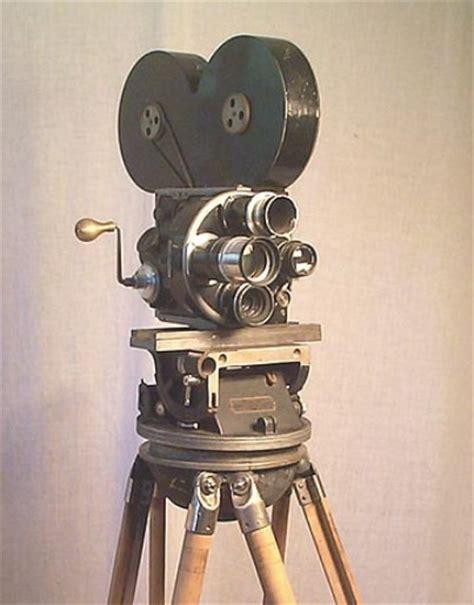 Thomas Alva Edison Movie Camera   Motorcycle Review and