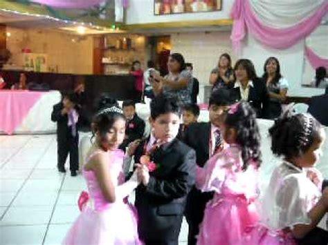 imagenes vestido fiesta promocion inicial 5 aos baile tiempo de vals para ninos de inicial