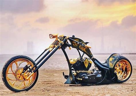 gold motorcycle race to ras al khaimah enthusiasts flock to bike festival
