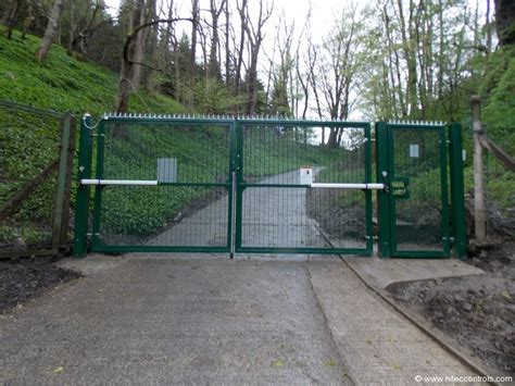 security swing gate security swing gates industrial gate solutions