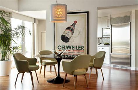 Tulip Armchair Design Ideas インテリアにポスターを張る センスの良い選び方 飾り方 おしゃれな事例38選
