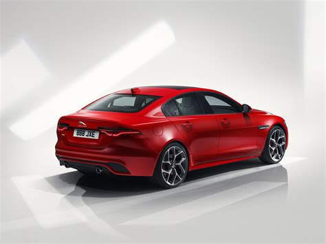 Jaguar Engines 2020 by 2020 Jaguar Xe Revealed Facelifted Model Drops V6 Engine