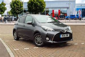 Toyota Yaris Grey Toyota Yaris 1 33 Vvt I Icon 5dr Cvt For Sale At Listers