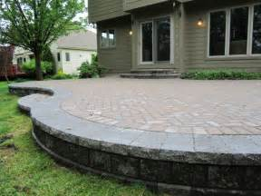 How To Build A Raised Paver Patio Paver Patio Maintenance Patio Design Ideas