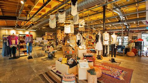 I Shoppers From Outfitters by Inside Outfitters Magical Mecca In Malibu
