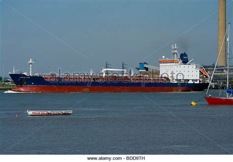 thames river chemical oil companies stock photos oil companies stock images