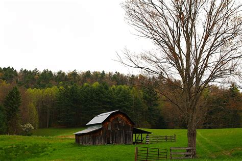 Country Shed Wi by File Country Barn West Virginia Forestwander Jpg