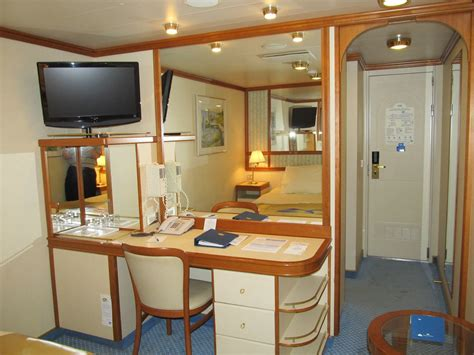 golden princess  cabin  jasperdo flickr