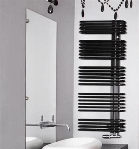 scalda asciugamani bagno bagno riscaldonneto scalda asciugamani termosifone