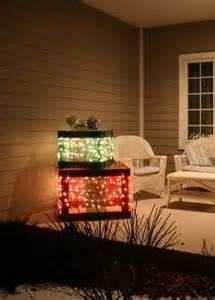 creative outdoor christmas lights the garden glove