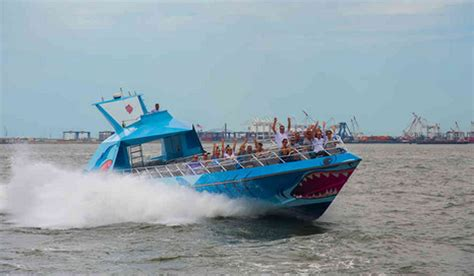 boat rides nyc south street seaport shark speedboat tickets discounted to as low as 14 00
