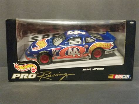 new 1997 wheels pro racing nascar kyle petty 44 1 24