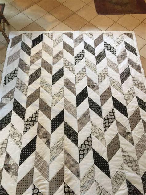 grey pattern quilt pinterest the world s catalog of ideas