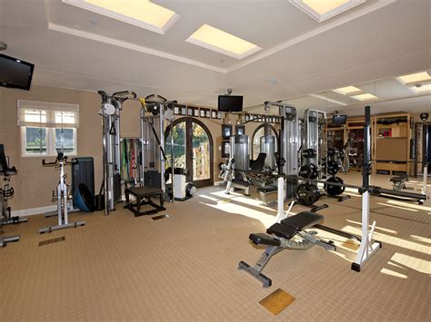 celebrity home gyms baseball legend barry bonds just sold his beverly hills
