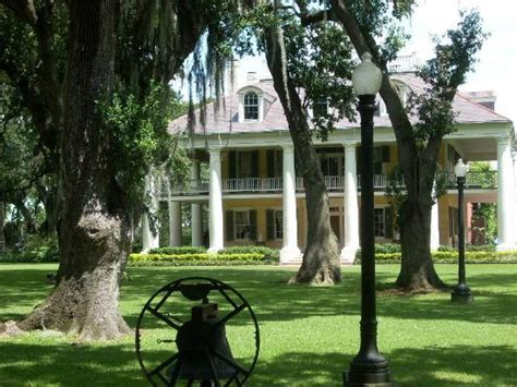 Houmas House Plantation And Gardens by Haunted Staircase Picture Of Houmas House Plantation And