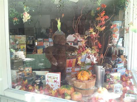 shop local petunia s place