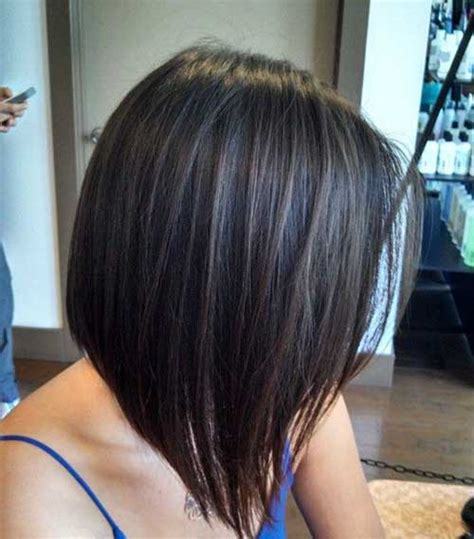 the swing short hairstyle short n the back and long in te frlnt at a angle 20 short to medium hairstyles short hairstyles 2017