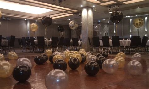 3ft balloons in Black, Gold and Silver   a elegant and
