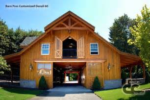 Two Story Barn House by 2 Story Horse Barns With Living Quarters Pinterest