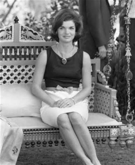 jackie kennedy bouffant jackie o classically coiffed