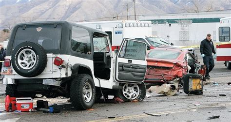 crashed white jeep high speed ends in 4 car crash 171 tooele transcript