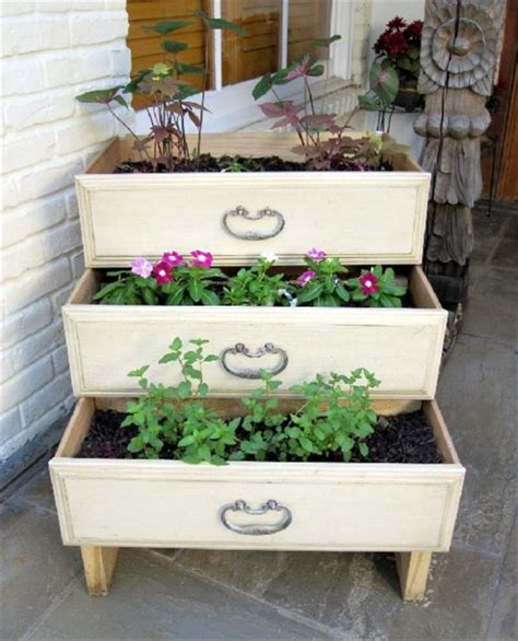 clever ways  repurpose dresser drawers home design