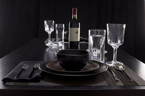 Glasses Table Setting Weekly Table Setting Glass On Black Table Settings Pinterest
