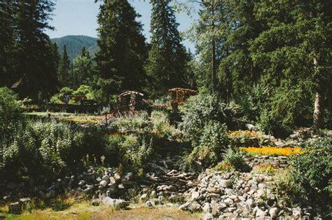 cascade gardens lune travels