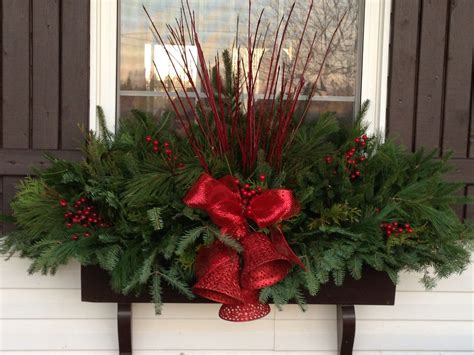 youtube how to decorate a christmas window box 20 easy window box ideas window boxes and