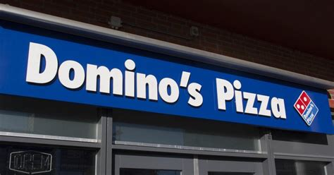 domino pizza living world domino s dethrones pizza hut as largest pizza company in