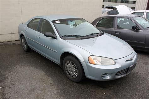 2001 blue chrysler sebring lx 4dr sedan