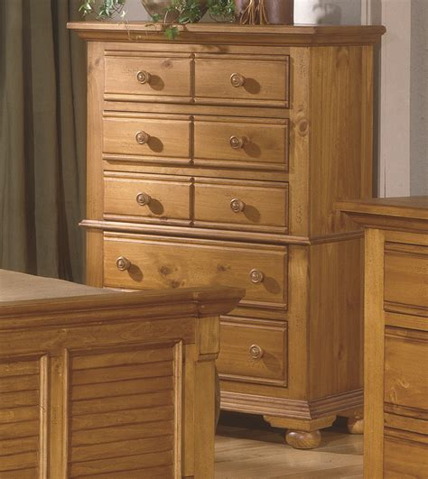 Pine Bedroom Dresser Distressed Pine Bedroom Furniture Cottage Traditions Distressed Pine Bedroom Furniture Set