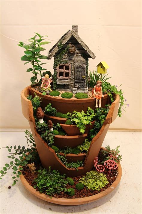 Pots In Gardens Ideas Creative Garden Broken Pot Ideas Diy Gardening